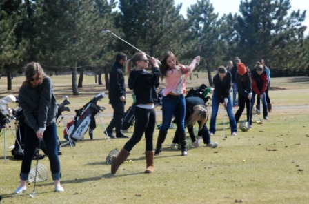 CF girls' golf team tees off for a new season